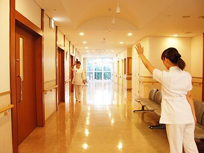 敬仁病院の廊下