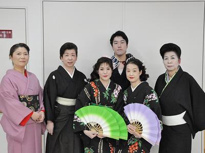 船橋ケアセンターの日本舞踊のイベントの様子