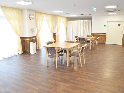 ガーデンフィールズ竹の塚IIの食堂