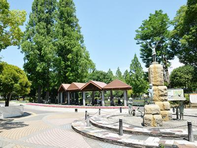 ガーデンフィールズ竹の塚の近隣の公園