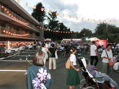 かわぐちロイヤルの園の夏祭りの写真