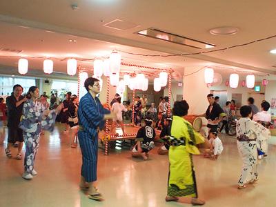 板橋ロイヤルケアセンターの納涼会の様子