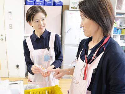 新人さんには指導係の先輩が付くので、臨床経験の浅い方・ブランクのある方も安心。基礎看護技術が身に付いていれば、十分活躍できる職場です。