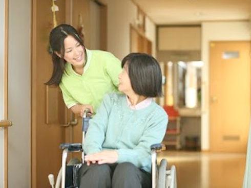 習志野市の、京成本線「大久保駅」徒歩5分の訪問看護事業所です。教育体制もあります。